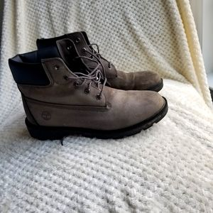 Timberland kid or womens boots